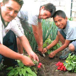 2003053_ECUADOR_ladolorosa_formacion_005